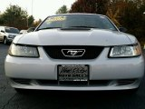 2000 Silver Metallic Ford Mustang V6 Coupe #99009274