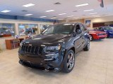 2015 Jeep Grand Cherokee Brilliant Black Crystal Pearl