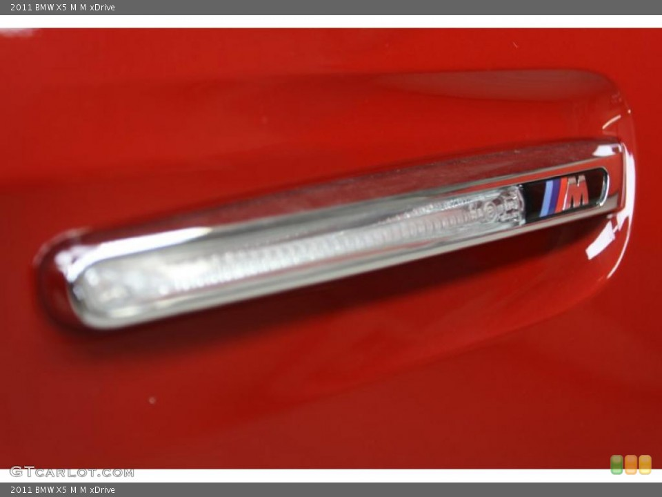 2011 BMW X5 M Badges and Logos