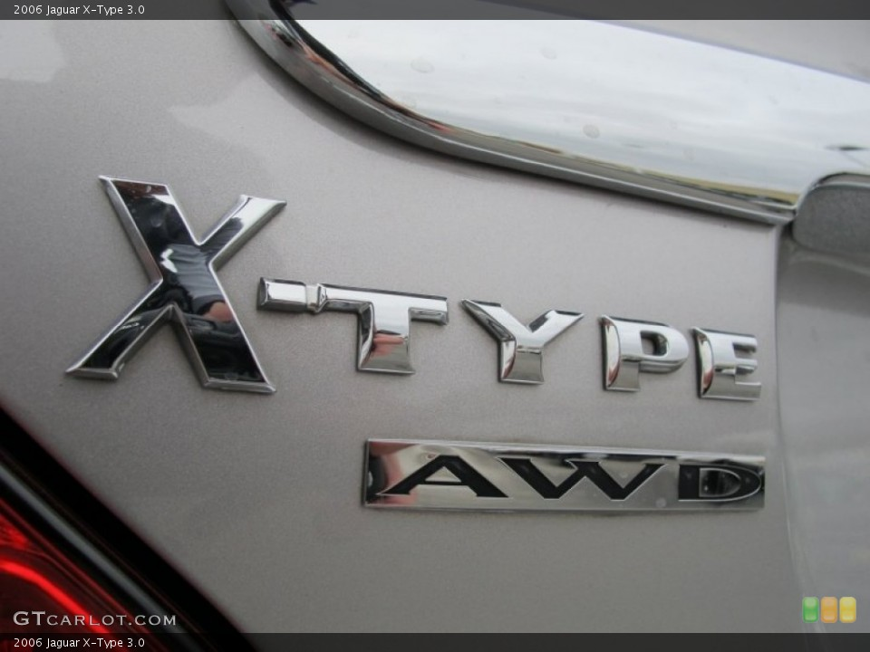 2006 Jaguar X-Type Badges and Logos