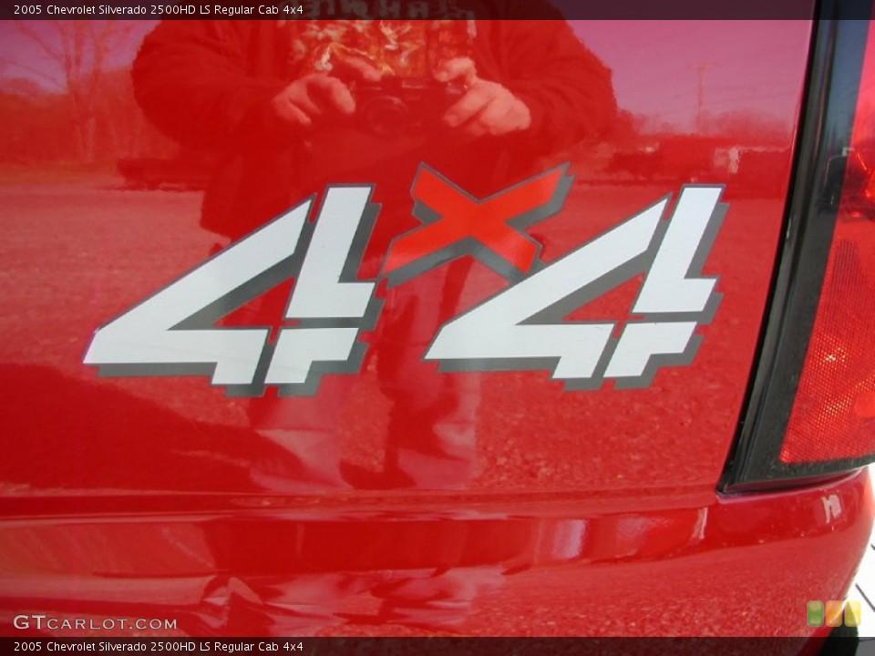 2005 Chevrolet Silverado 2500HD Custom Badge and Logo Photo #62887274
