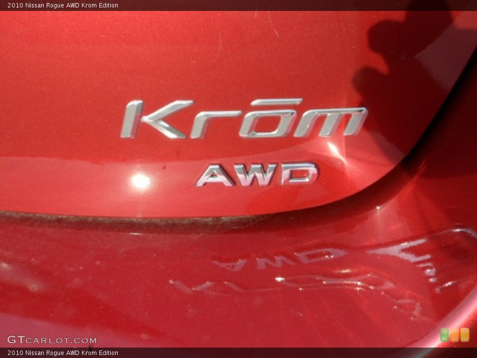2010 Nissan Rogue Badges and Logos
