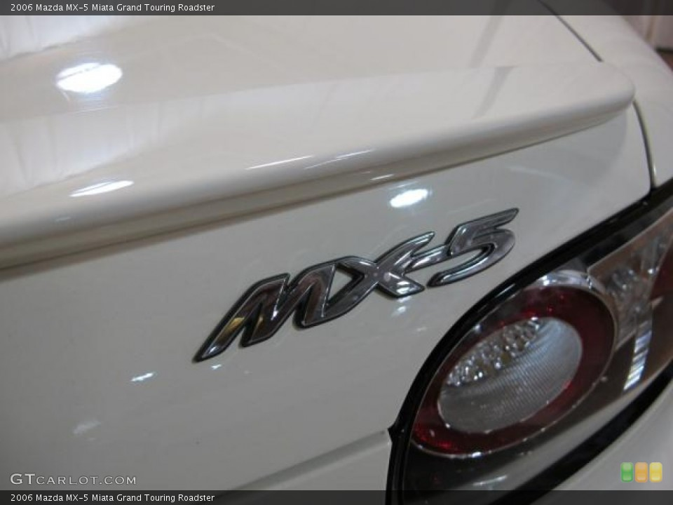 2006 Mazda MX-5 Miata Badges and Logos