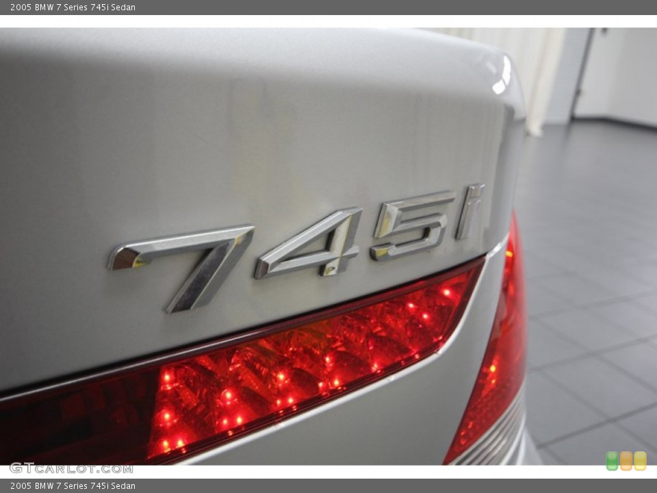 2005 BMW 7 Series Badges and Logos