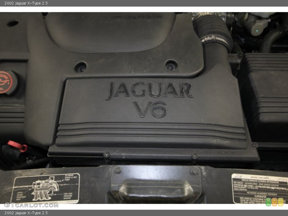 2002 Jaguar X-Type Badges and Logos