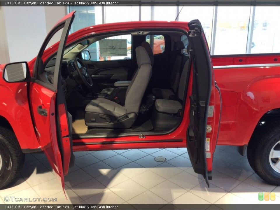 Jet Black/Dark Ash Interior Photo for the 2015 GMC Canyon Extended Cab 4x4 #101106231