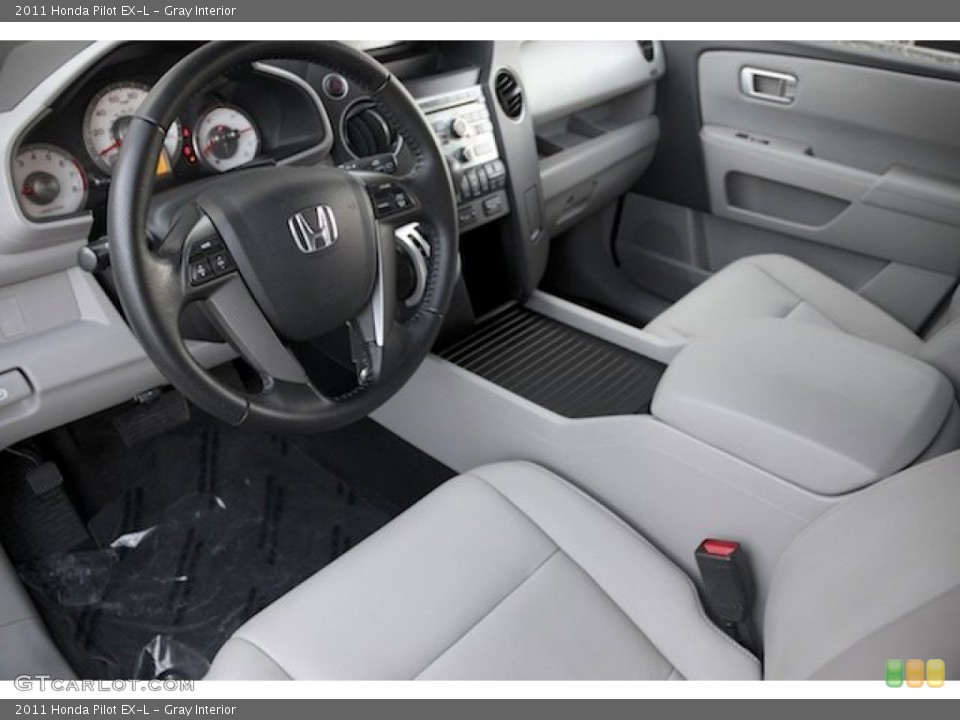 Gray Interior Photo for the 2011 Honda Pilot EX-L #101199725