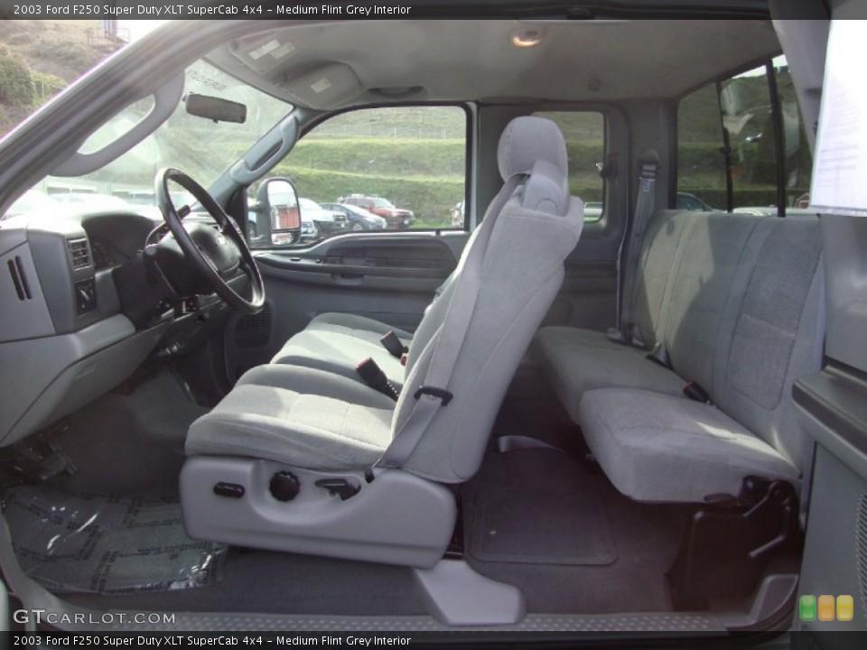 Medium Flint Grey Interior Photo for the 2003 Ford F250 Super Duty XLT SuperCab 4x4 #101529298