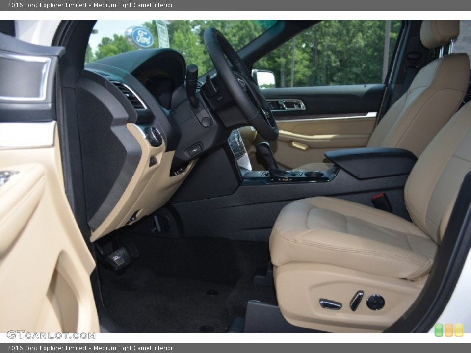 Medium Light Camel Interior Photo for the 2016 Ford Explorer Limited #105118317