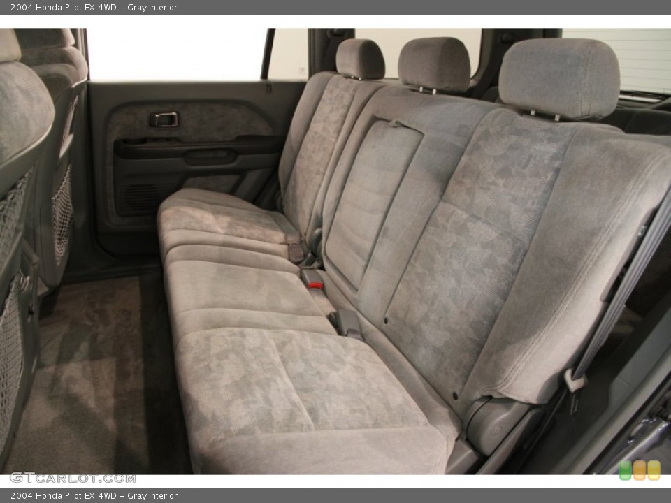 Gray Interior Rear Seat for the 2004 Honda Pilot EX 4WD #106953099