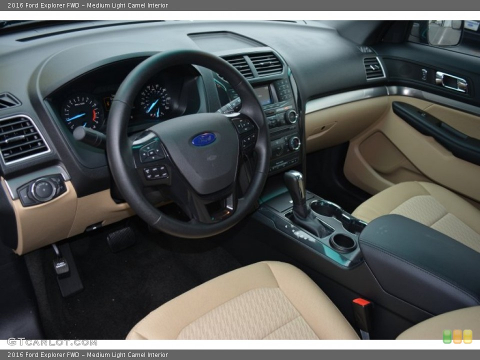 Medium Light Camel Interior Photo for the 2016 Ford Explorer FWD #108313542