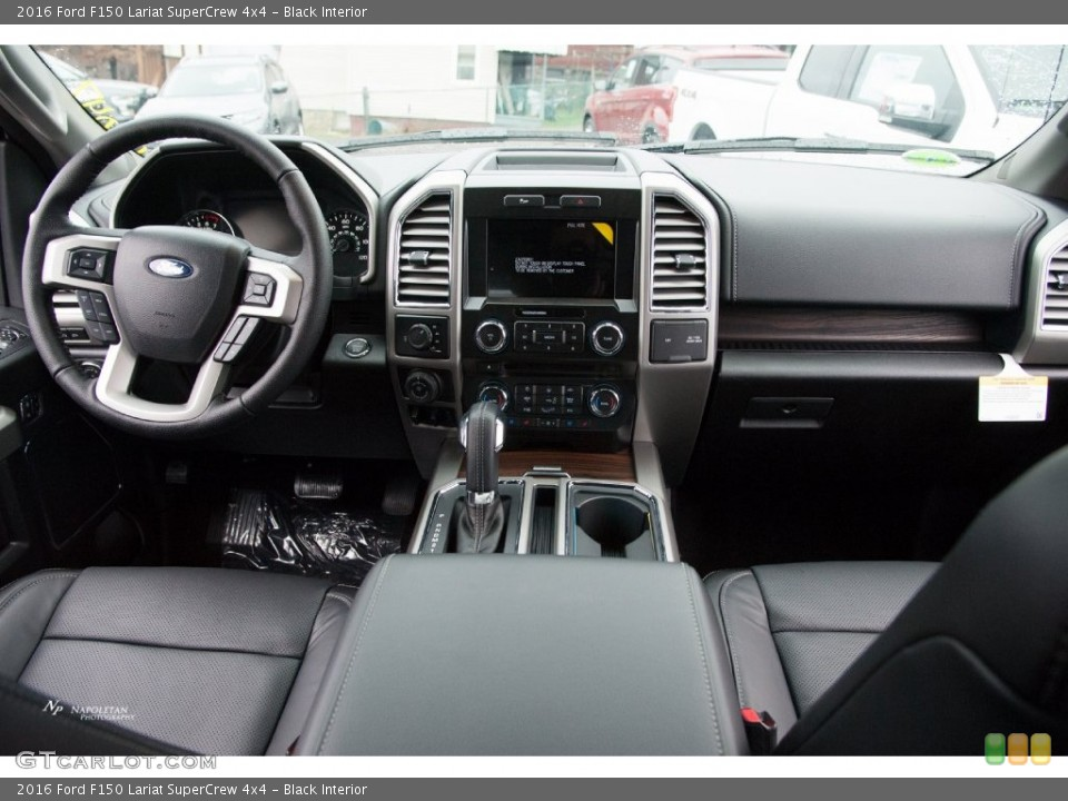 Black Interior Dashboard for the 2016 Ford F150 Lariat SuperCrew 4x4 #110119190