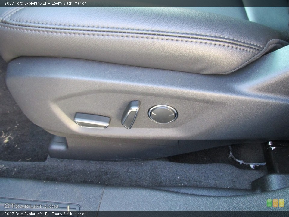 Ebony Black Interior Controls for the 2017 Ford Explorer XLT #115402557