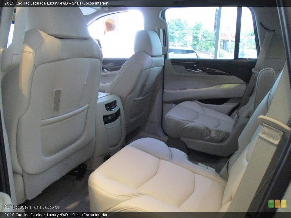 Shale/Cocoa Interior Rear Seat for the 2016 Cadillac Escalade Luxury 4WD #116145095