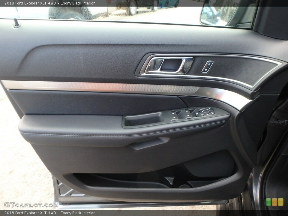 Ebony Black Interior Door Panel for the 2018 Ford Explorer XLT 4WD #124516488