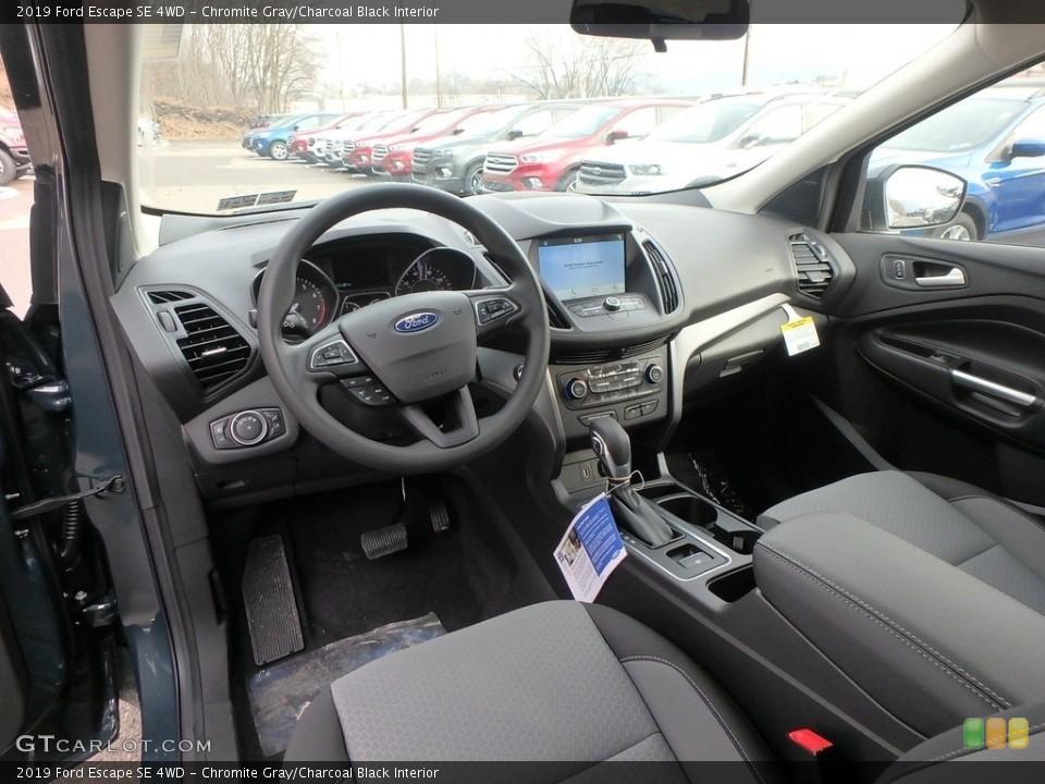 Chromite Gray/Charcoal Black Interior Photo for the 2019 Ford Escape SE 4WD #132047013