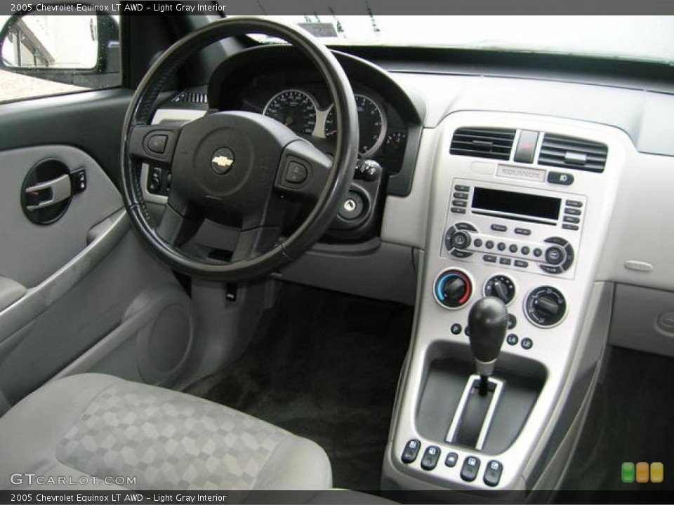 Light Gray Interior Dashboard for the 2005 Chevrolet Equinox LT AWD ...