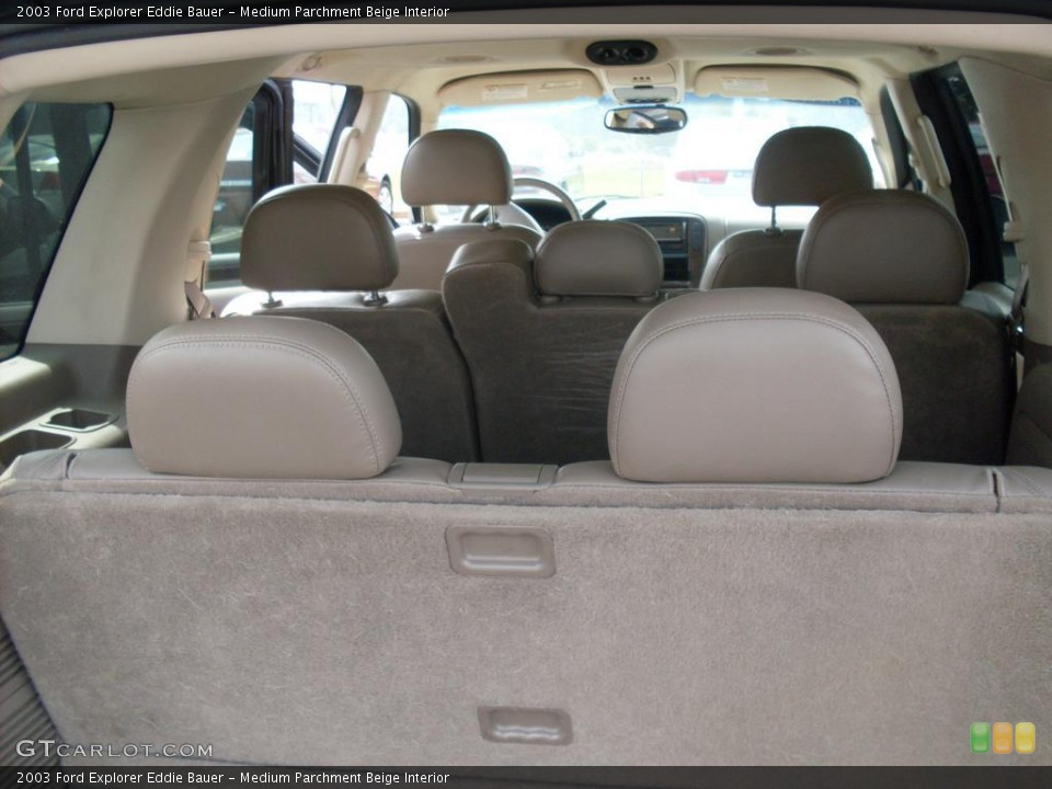 Medium Parchment Beige Interior Photo for the 2003 Ford Explorer Eddie Bauer #38080979