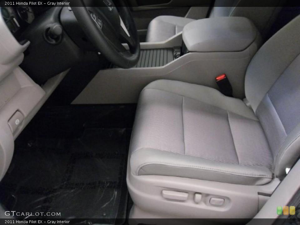 Gray Interior Photo for the 2011 Honda Pilot EX #38348498