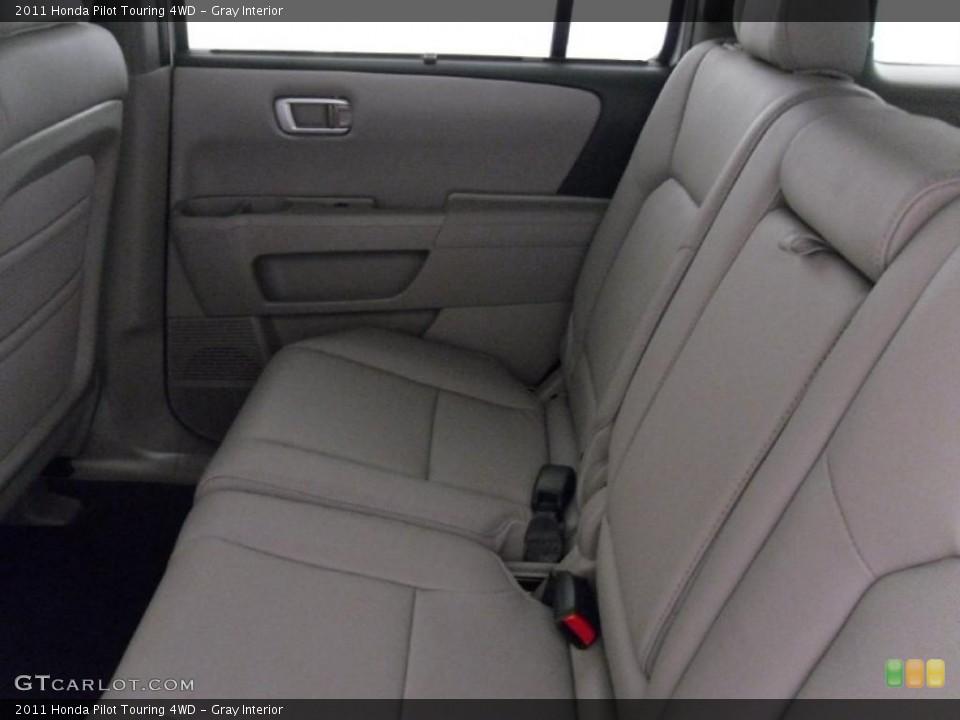 Gray Interior Photo for the 2011 Honda Pilot Touring 4WD #38352262