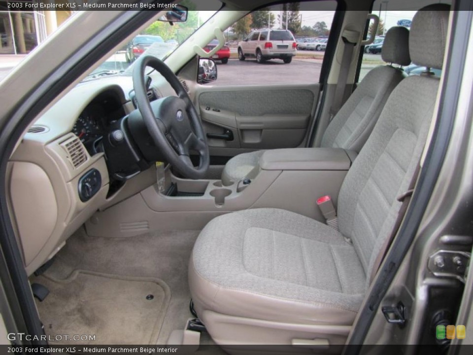 Medium Parchment Beige Interior Photo for the 2003 Ford Explorer XLS #38895730