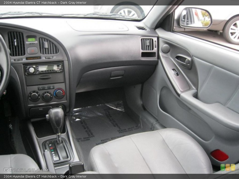 dark gray interior dashboard for the 2004 hyundai elantra gt hatchback 39143766 gtcarlot com gtcarlot com