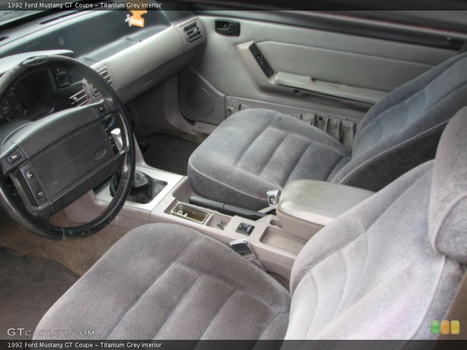 Titanium Grey Interior Photo for the 1992 Ford Mustang GT Coupe #39830655