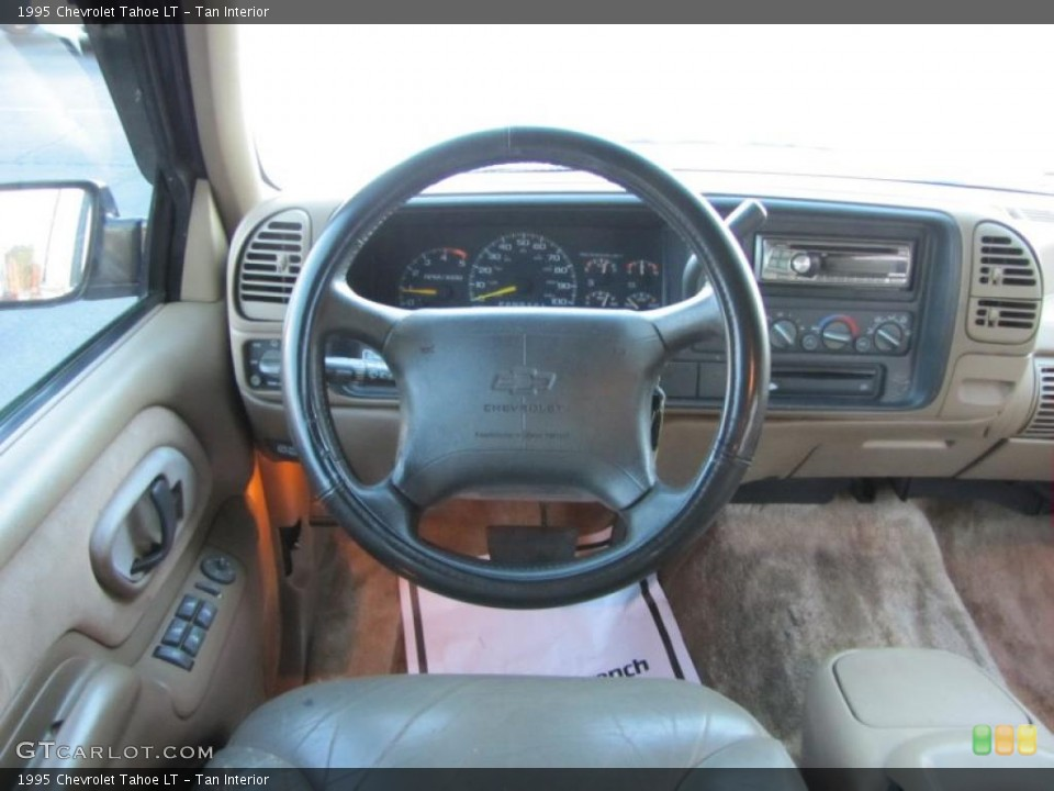 Tan Interior Dashboard For The 1995 Chevrolet Tahoe Lt 40071767