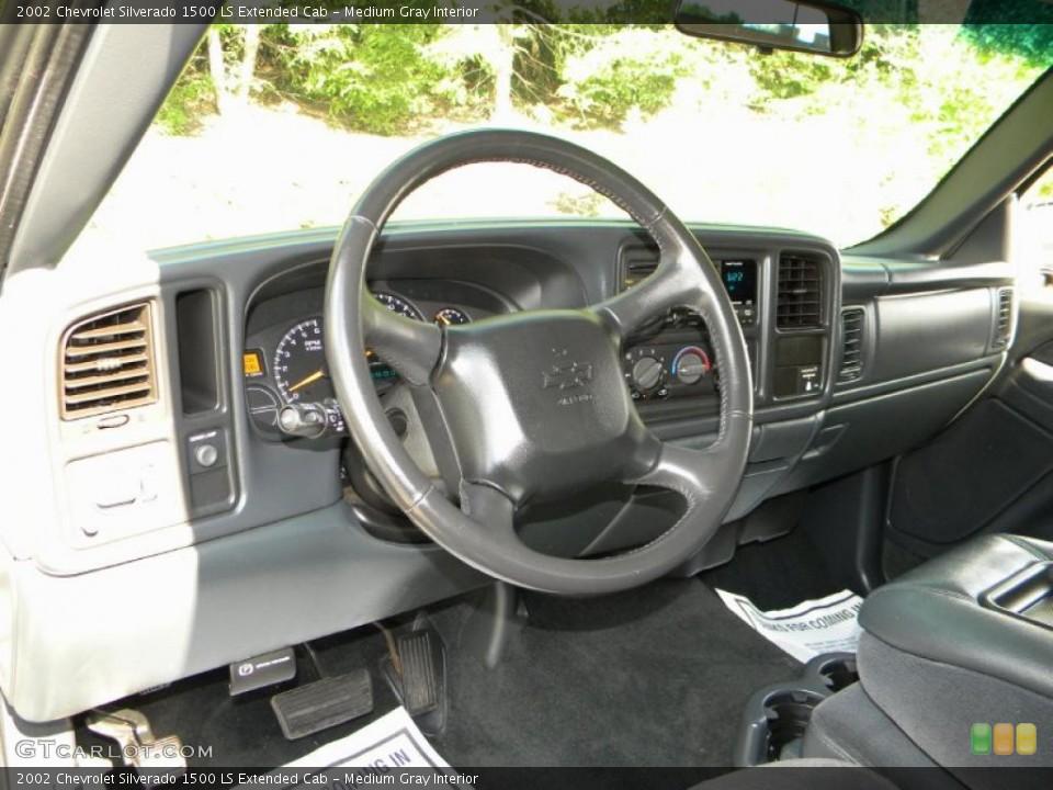 Medium Gray 2002 Chevrolet Silverado 1500 Interiors
