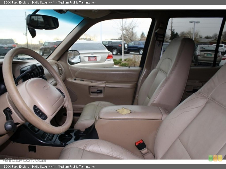 Medium Prairie Tan Interior Photo for the 2000 Ford Explorer Eddie Bauer 4x4 #41193926