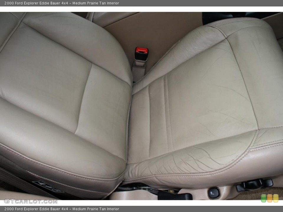 Medium Prairie Tan Interior Photo for the 2000 Ford Explorer Eddie Bauer 4x4 #41193986