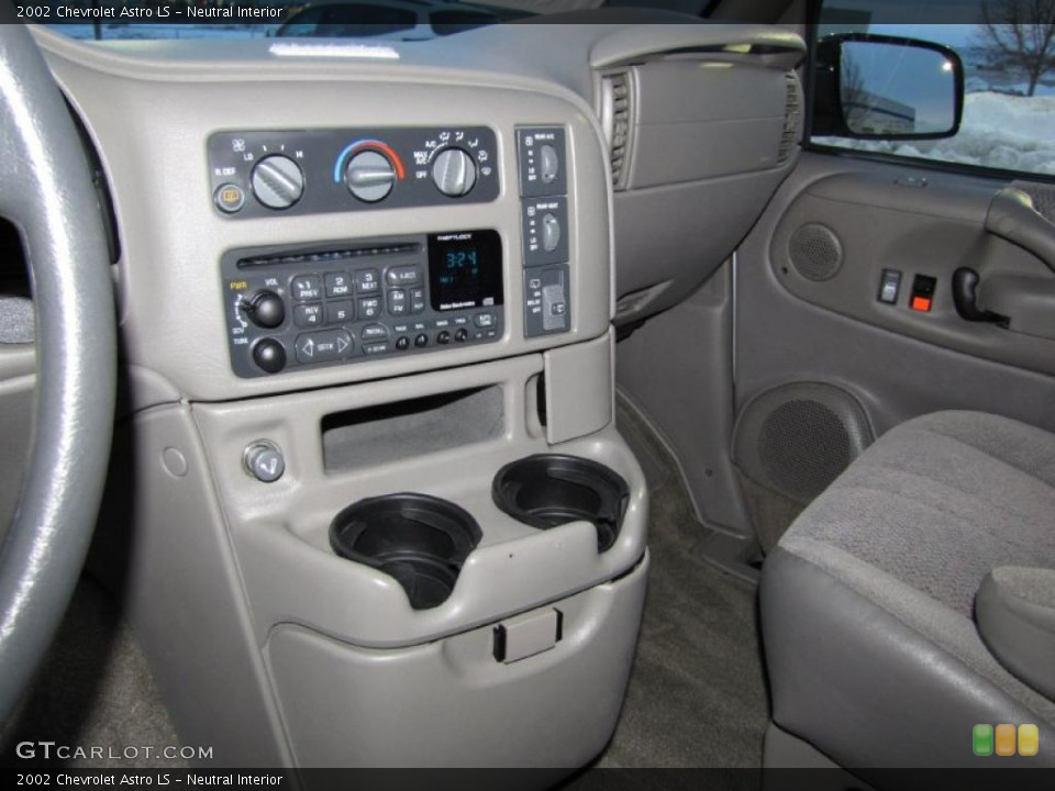 Neutral Interior Dashboard for the 2002 Chevrolet Astro LS #41242660