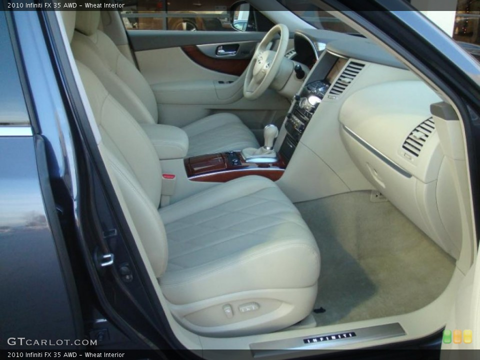 Wheat Interior Photo for the 2010 Infiniti FX 35 AWD #41605593