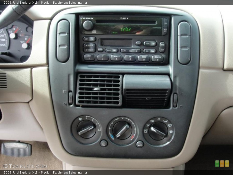 Medium Parchment Beige Interior Controls for the 2003 Ford Explorer XLS #41859370
