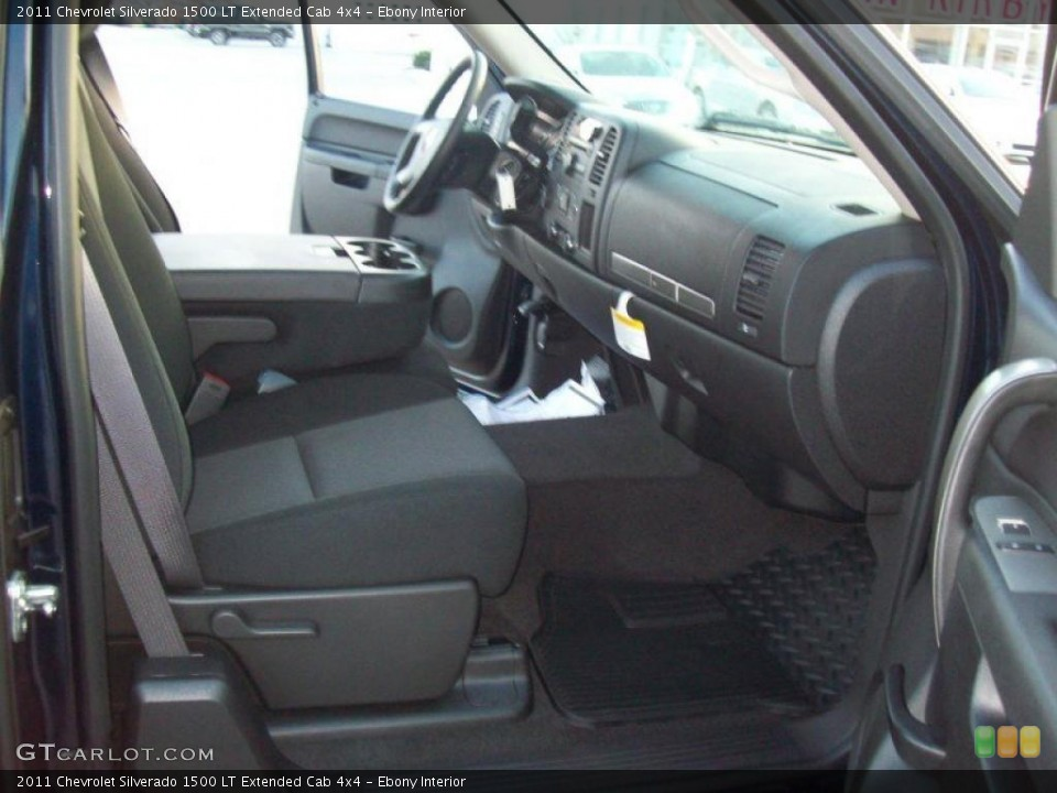 Ebony Interior Photo for the 2011 Chevrolet Silverado 1500 LT Extended Cab 4x4 #41864746