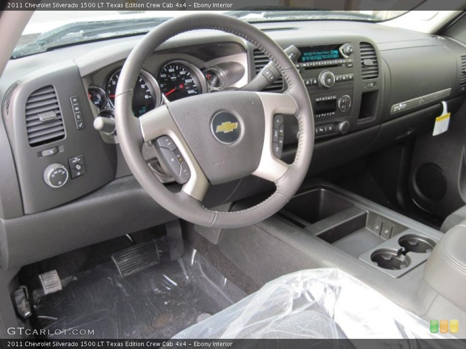 Ebony Interior Dashboard for the 2011 Chevrolet Silverado 1500 LT Texas Edition Crew Cab 4x4 #42433956
