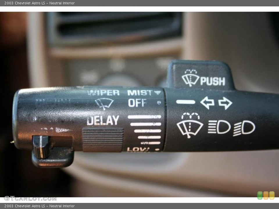 Neutral Interior Controls for the 2003 Chevrolet Astro LS #42484148