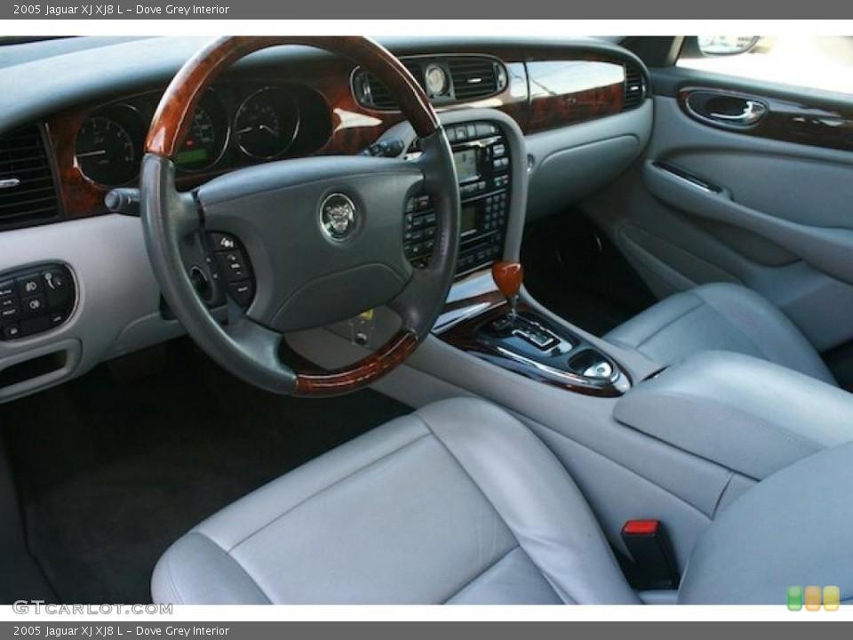 Dove Grey 2005 Jaguar XJ Interiors