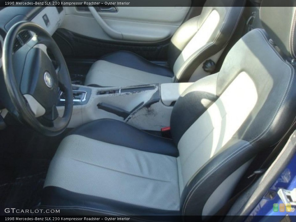 Oyster 1998 Mercedes-Benz SLK Interiors
