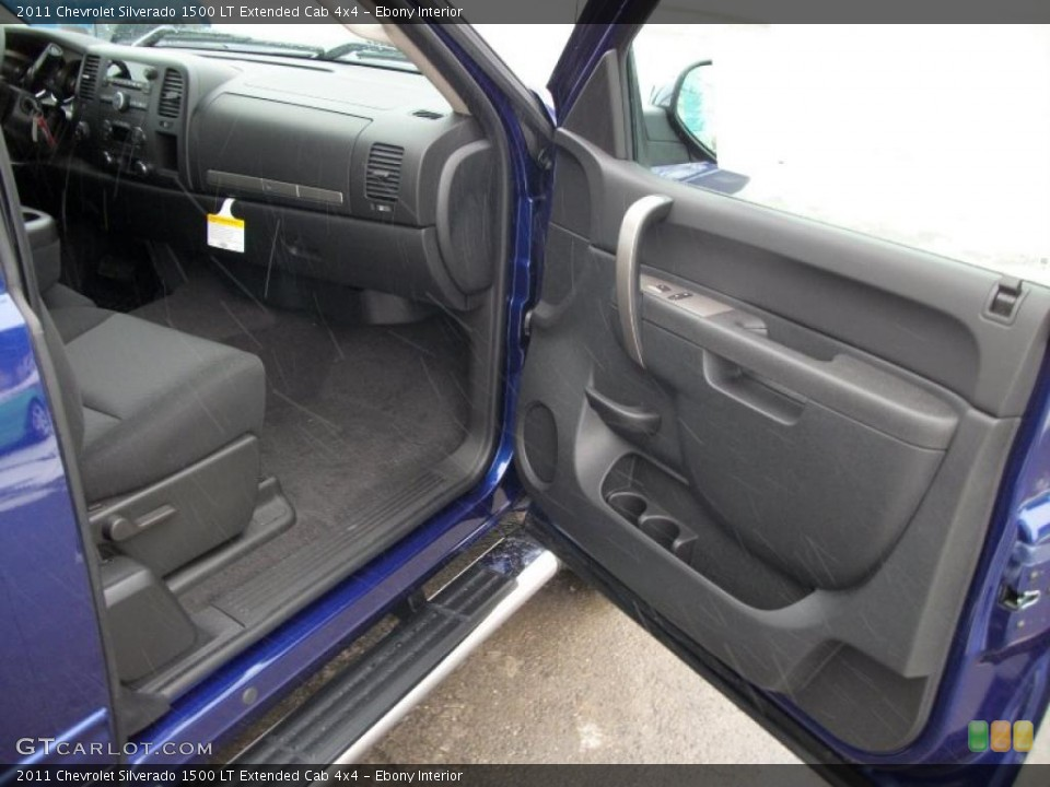 Ebony Interior Photo for the 2011 Chevrolet Silverado 1500 LT Extended Cab 4x4 #43084395