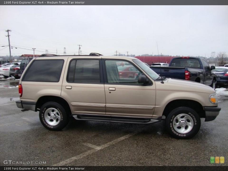 Medium Prairie Tan Interior Photo for the 1998 Ford Explorer XLT 4x4 #43370312