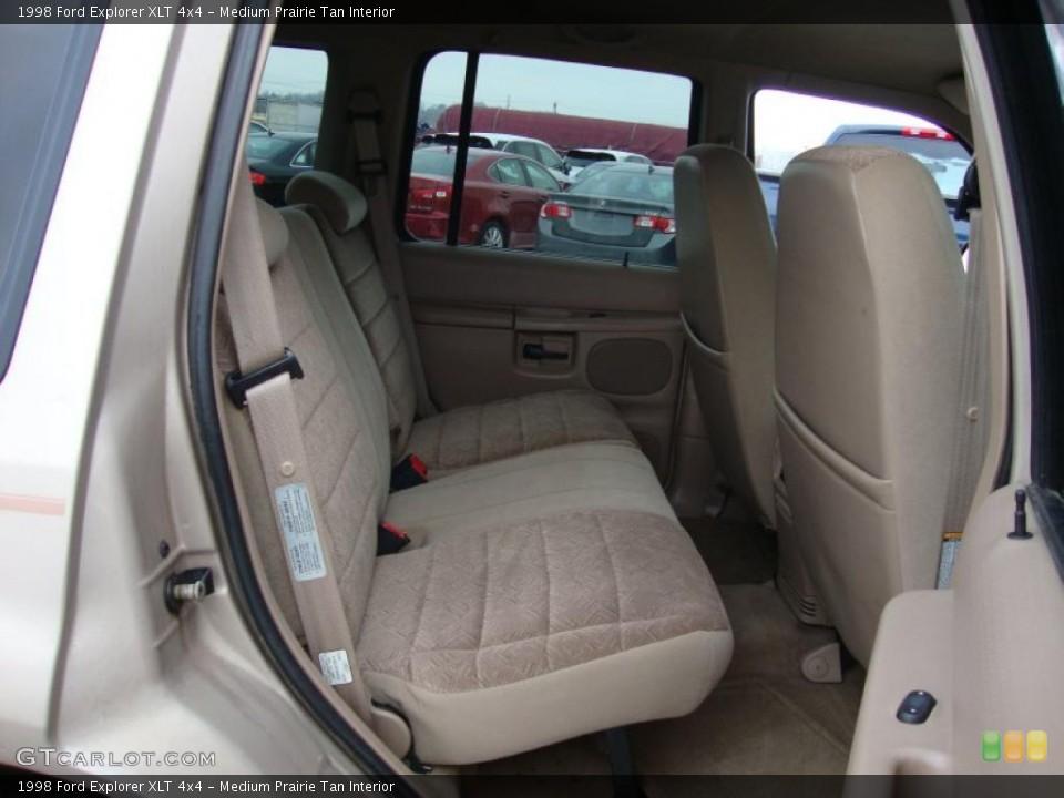 Medium Prairie Tan Interior Photo for the 1998 Ford Explorer XLT 4x4 #43370516