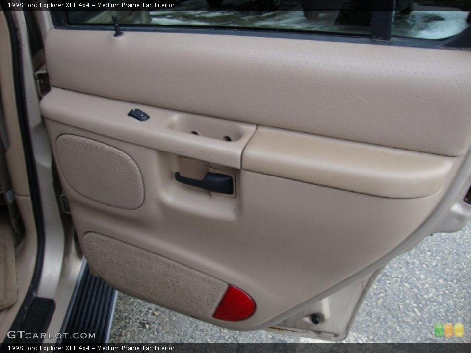 Medium Prairie Tan Interior Door Panel for the 1998 Ford Explorer XLT 4x4 #43370528