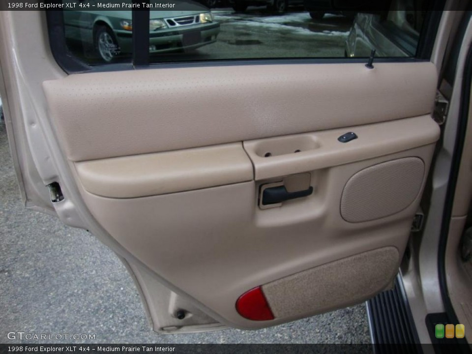 Medium Prairie Tan Interior Door Panel for the 1998 Ford Explorer XLT 4x4 #43370552
