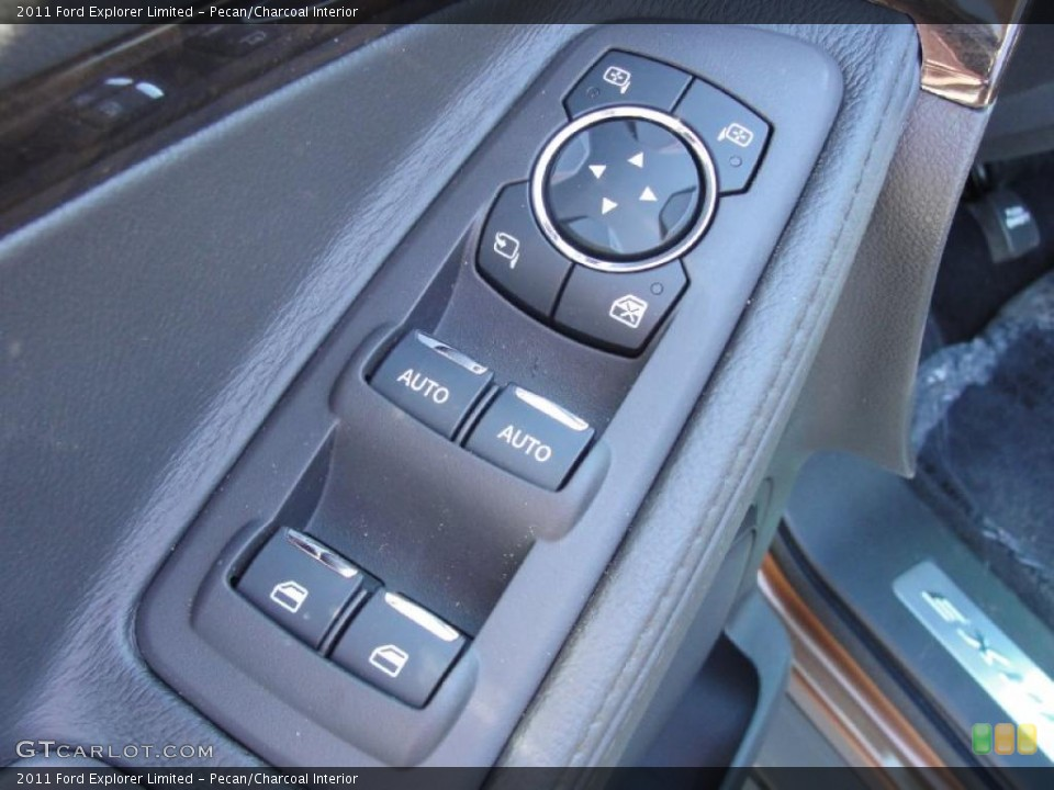 Pecan/Charcoal Interior Controls for the 2011 Ford Explorer Limited #44781370