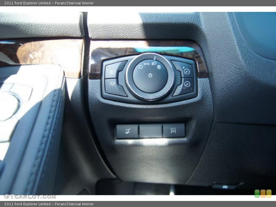 Pecan/Charcoal Interior Controls for the 2011 Ford Explorer Limited #46941984