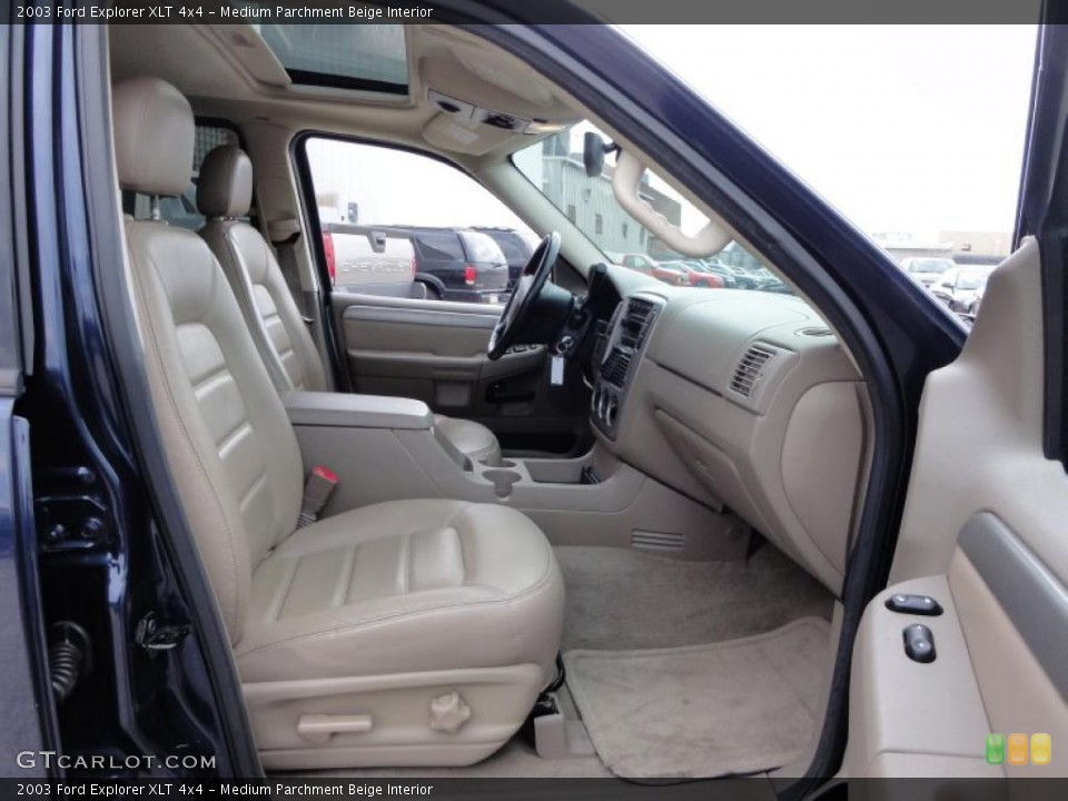 Medium Parchment Beige Interior Photo for the 2003 Ford Explorer XLT 4x4 #47511598