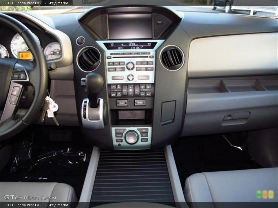 Gray Interior Controls for the 2011 Honda Pilot EX-L #47611358