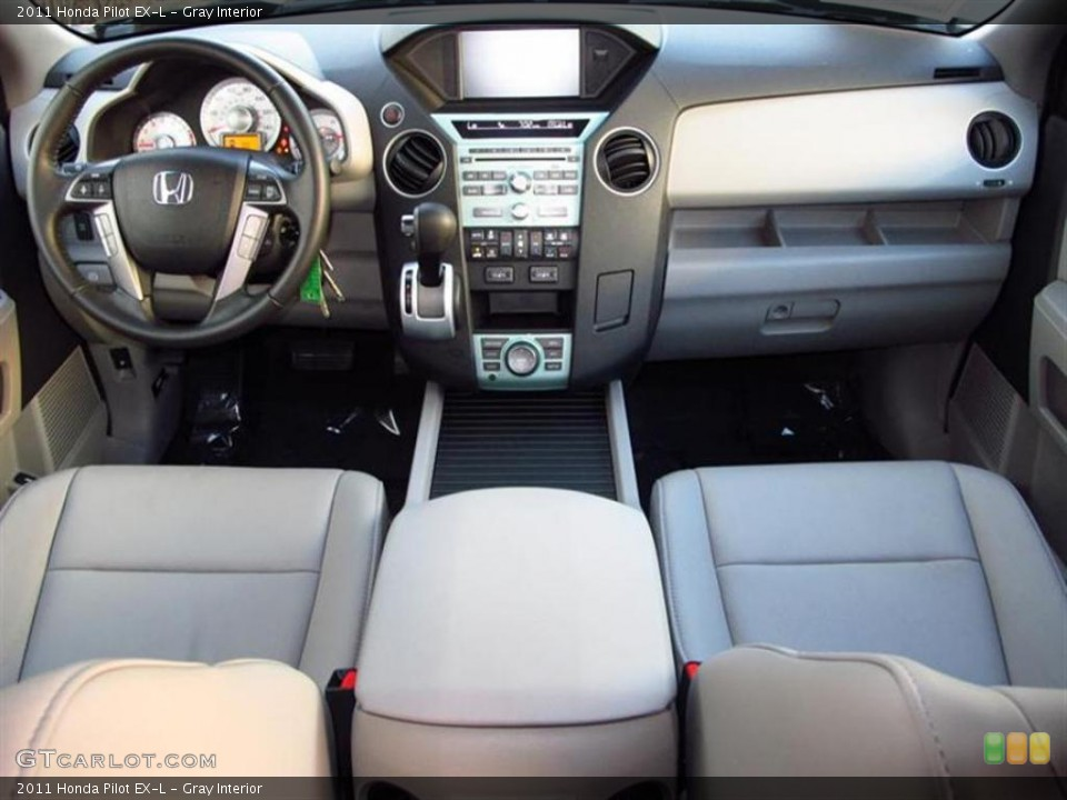 Gray Interior Dashboard for the 2011 Honda Pilot EX-L #47611640