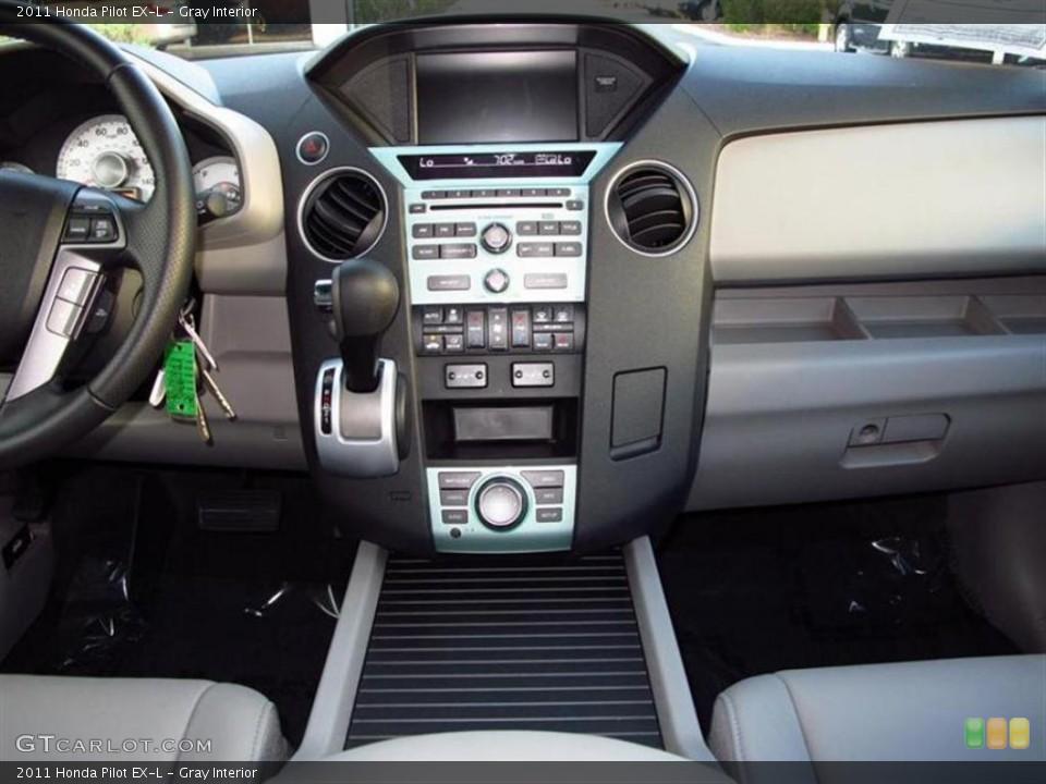Gray Interior Controls for the 2011 Honda Pilot EX-L #47611670